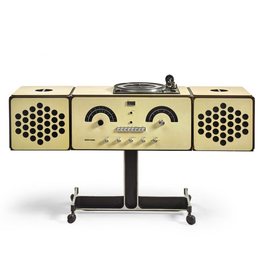 The Radio Phonograph is a ground-breaking piece of design from the pop art era and the user can modify its shape.