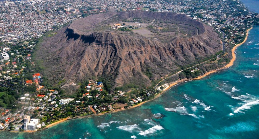 Diamond head volcano oahu island honolulu hawaii