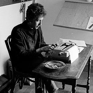 Bob Dylan has been photographed using various typewriters, but most notably a Royal Safari.