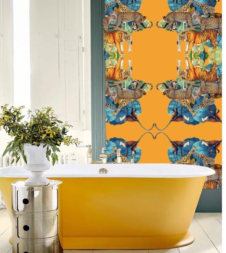 Pop yellow flash colors popart bathroom homedesign