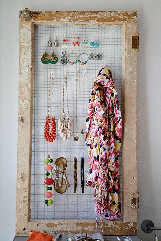 Create a simple jewelry organizer with this DIY Stay Organized