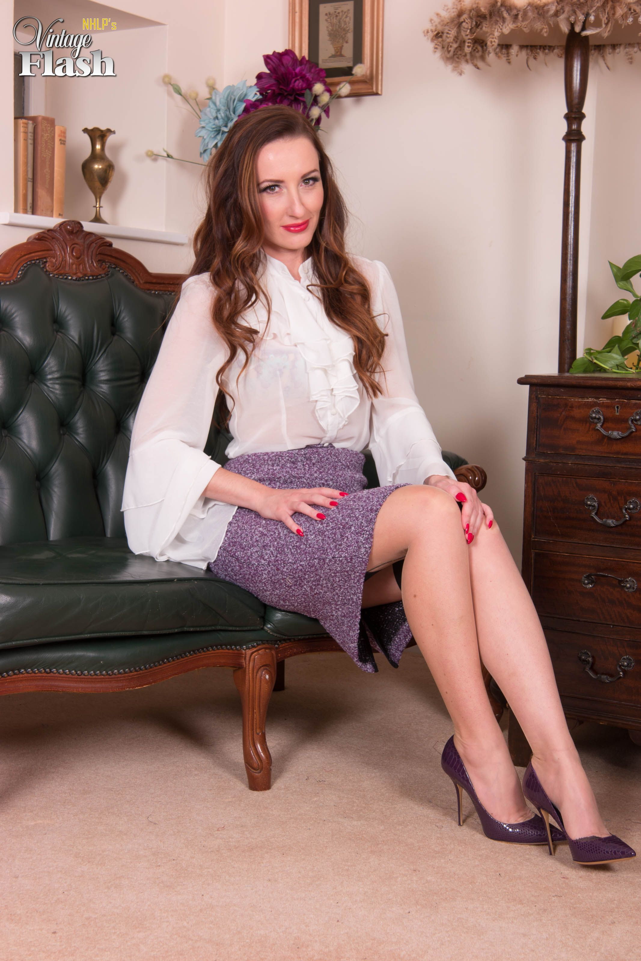Real Spankings - Janelle Is Sent To The Office - 28 Photos