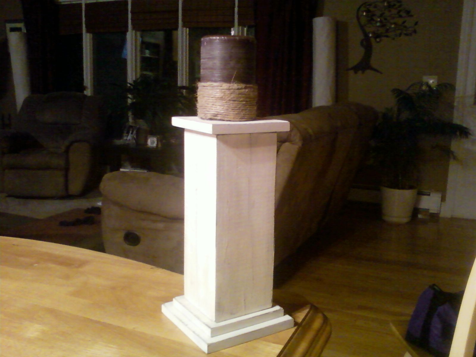 Pillar Candle Holder Made Out Of Scrap Wood Idea Taken