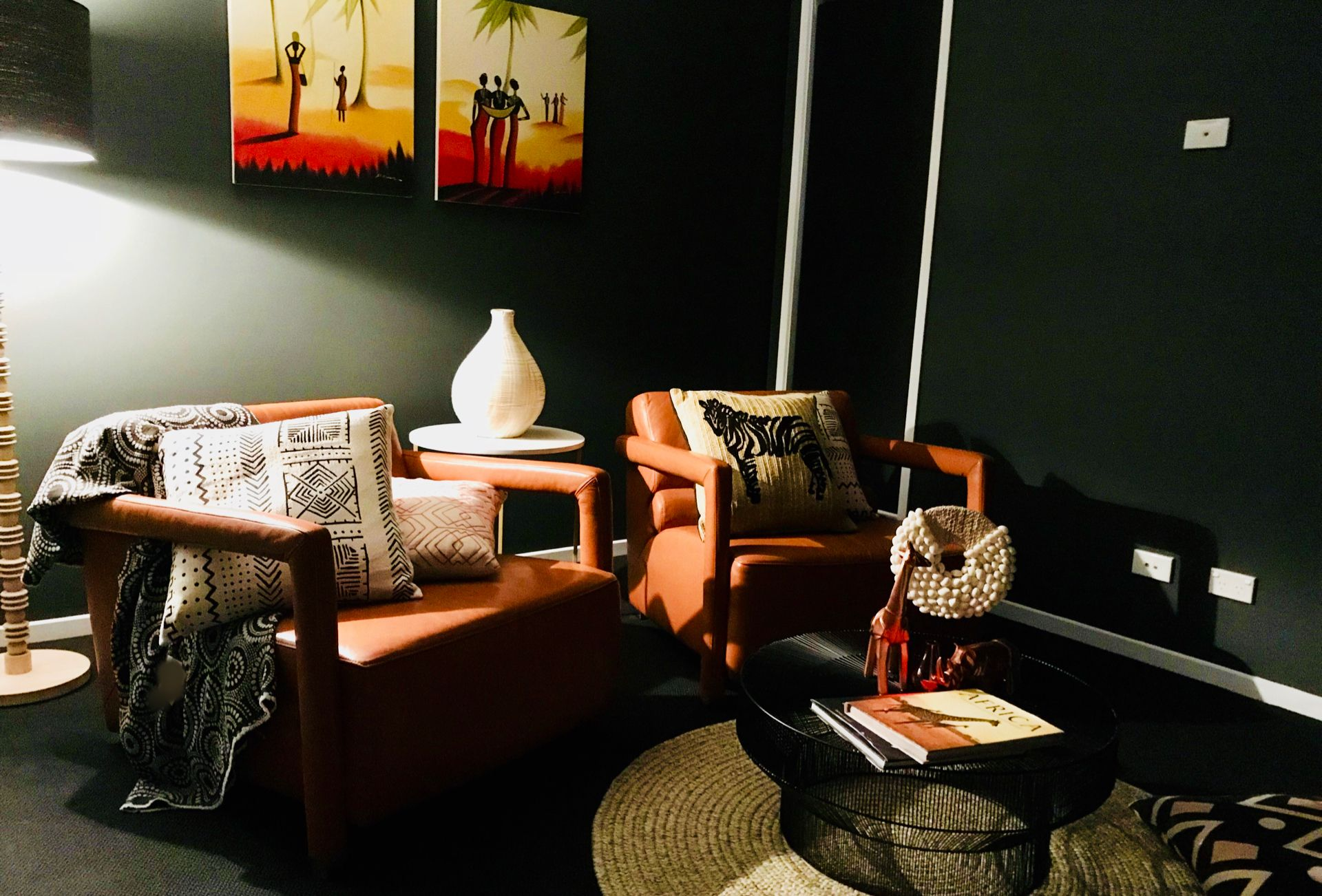 Beautiful Orange To Capture An African Sunset Decor Shows The