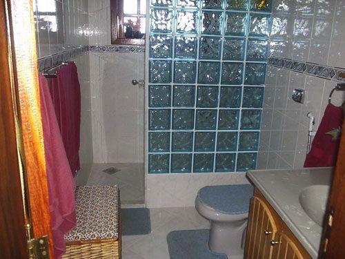 Resultado De Imagem Para Casas De Banho Com Tijolo De Vidro