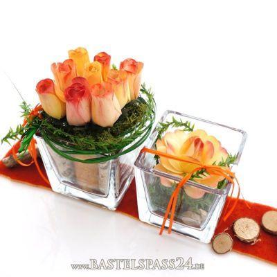 Tischdeko mit Glasvasen fr Hochzeit und Feste