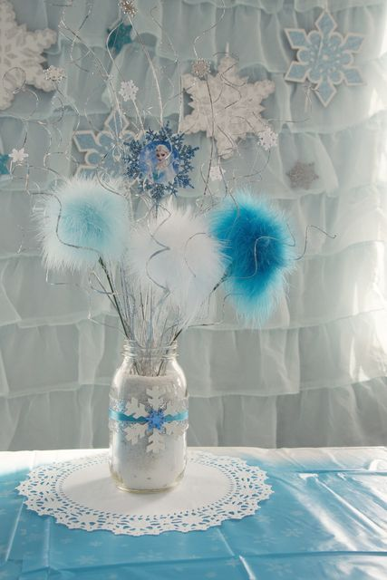 Frozen Christmas decorations – ideas for the best kids party decor ...