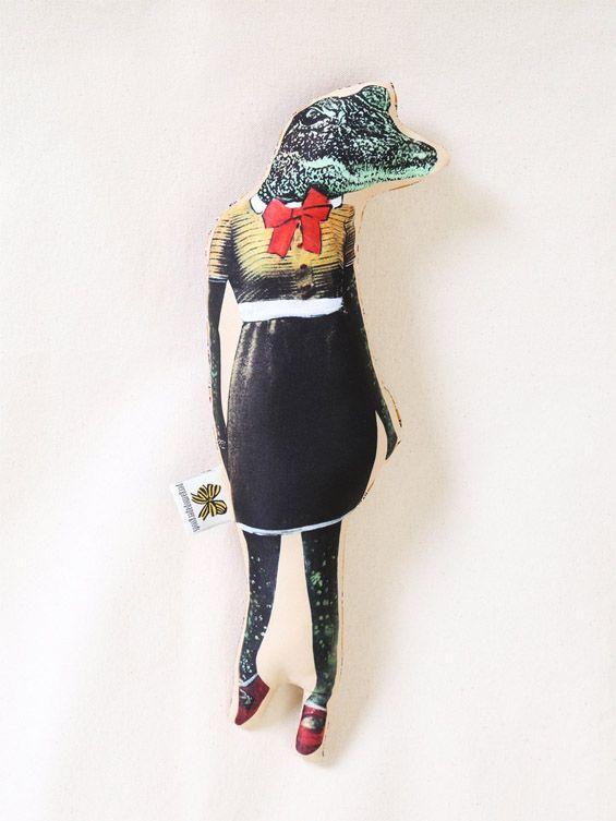 Dressed crocodile / Pergamo Paper Goods http://knuffelsalacarteblog.blogspot.nl/2015/01/dress-to-impress.html