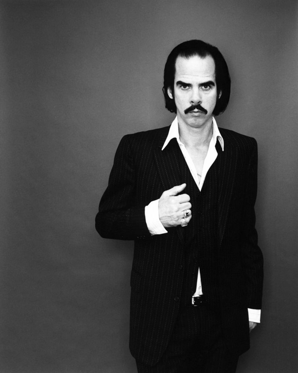 Philhellene Nick Cave sings for Greece | Neos Kosmos
