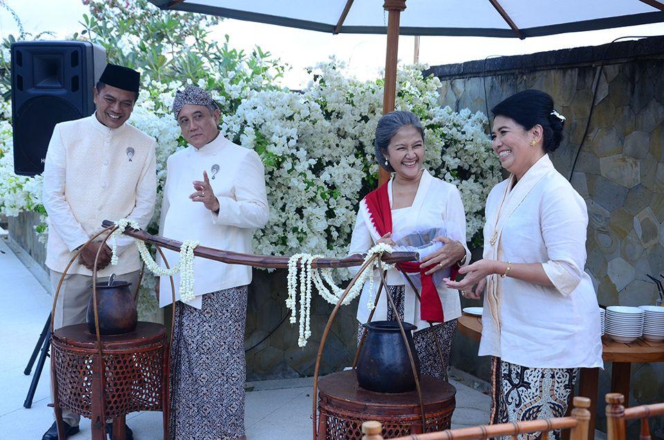 Javanese Wedding at Amanusa Bali - 2 siraman5b