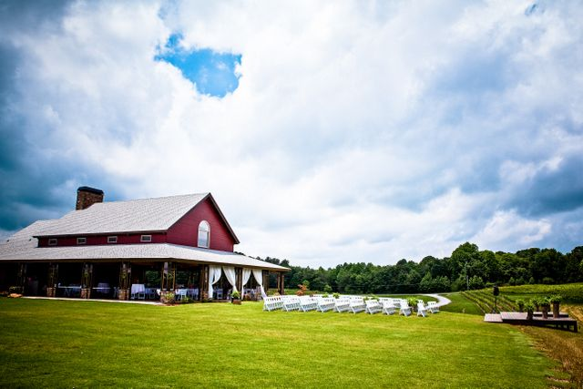 Will Also Be Touring This Gorgeous Wedding Venue In North Georgia Next Week Cenita Vineyards A Vineyard Without The Cost