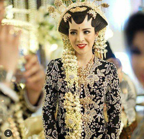 Inspirasi Pernikahan Warna Hitam Adat Jawa Luarbiasa Cantik Dan