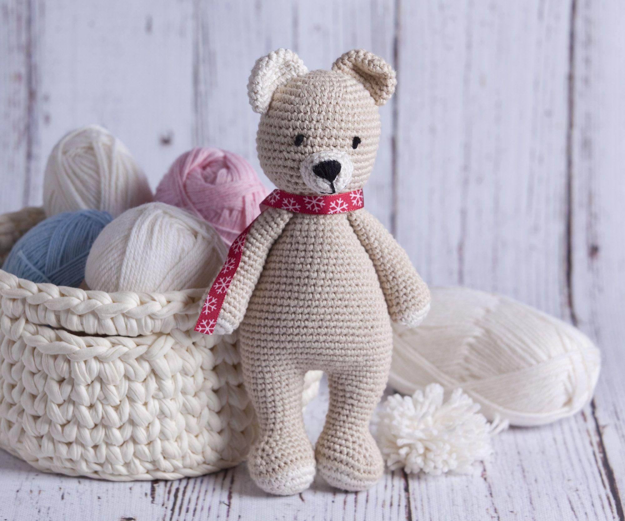 Duzy Mis Uszatek Dla Brzdaca Bezowa Przytulanka Amigurumi Na Etsy Crochet Teddy Bear Kids Toys Big Teddy Bear
