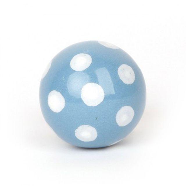 Kinderräume knaufmanufaktur möbelknauf keramik blau punkte weiss kinder