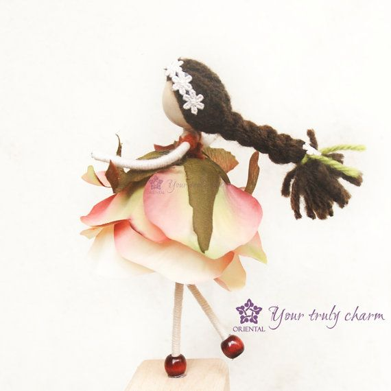 Ecuador Rose Petal Doll  No face doll Ecuador by OrientalColour