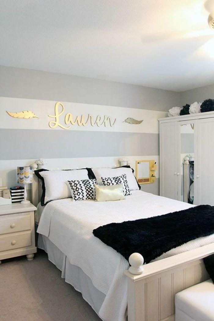 peinture gris perle chambre a coucher aux rideaux en blanc et gris