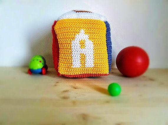 Thun cameretta ~ Crochet dice amigurumi toy with tapestry technique funny