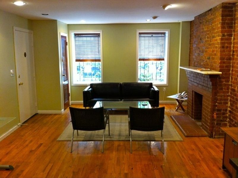 Brooklyn Vacation Rental Vrbo 318560 1 Br New York City Apartment In Ny Cozy Garden Apt In Williamsburg B Home Mortgage New York City Apartment Home Loans