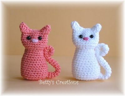 Playing Cats Crochet Amigurumi Pattern Crochet pattern by Little ... | 308x400