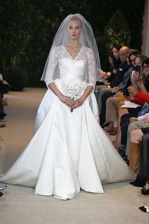 Carolina Herrera. Wedding Gowns with Sleeves from Spring 2014 - Wedding Dresses and Fashion Ideas