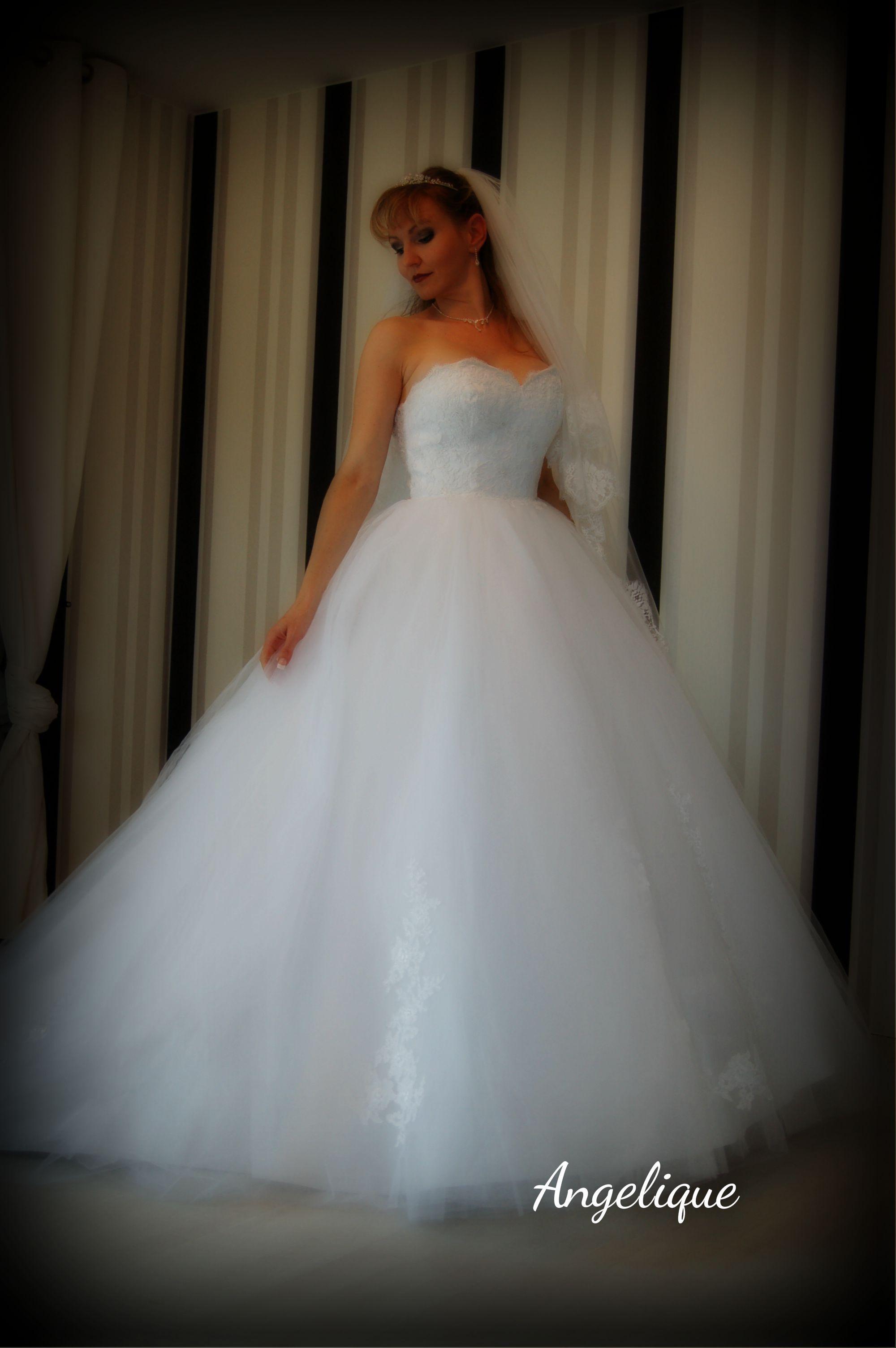 Hochwertiges Hochzeitskleid Angelique im Prinzessinnen Stil ganz aus ...