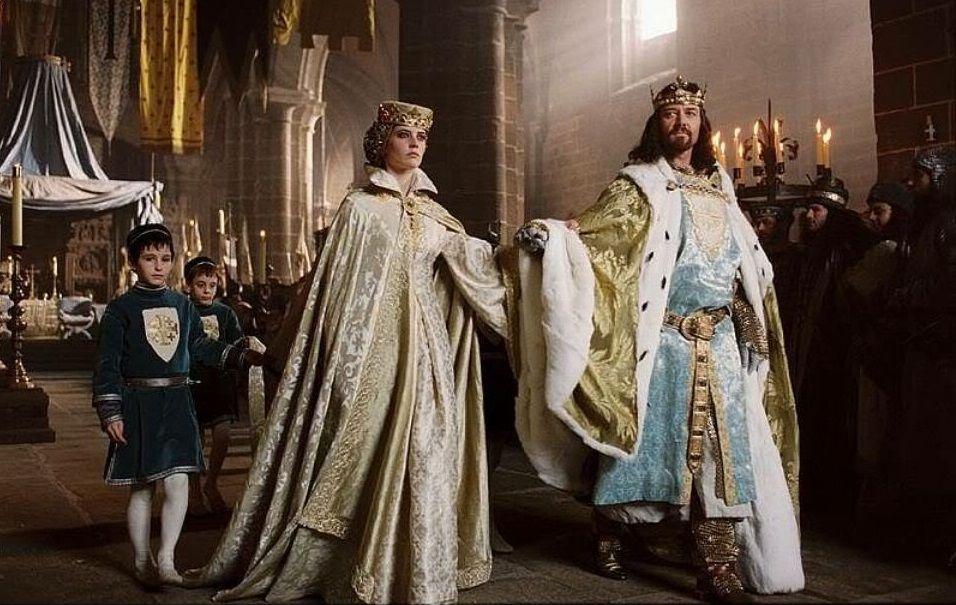 Em 1186, Balduíno V morreu depois de apenas um ano como rei. Nesse caso, o rei Balduíno IV tinha previsto uma fórmula para a escolha entre Sibylla e Isabela. Todos os principais nobres tinham concordado com isso, mas em um golpe palaciano, Sibylla e seu marido Guy de Lusignan foram coroados.
