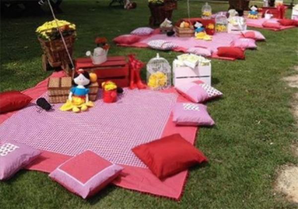 25 Ideas Para Tener Un Picnic Inolvidable Picnic Niños Cumpleaños Picnic Fiesta De Picnic