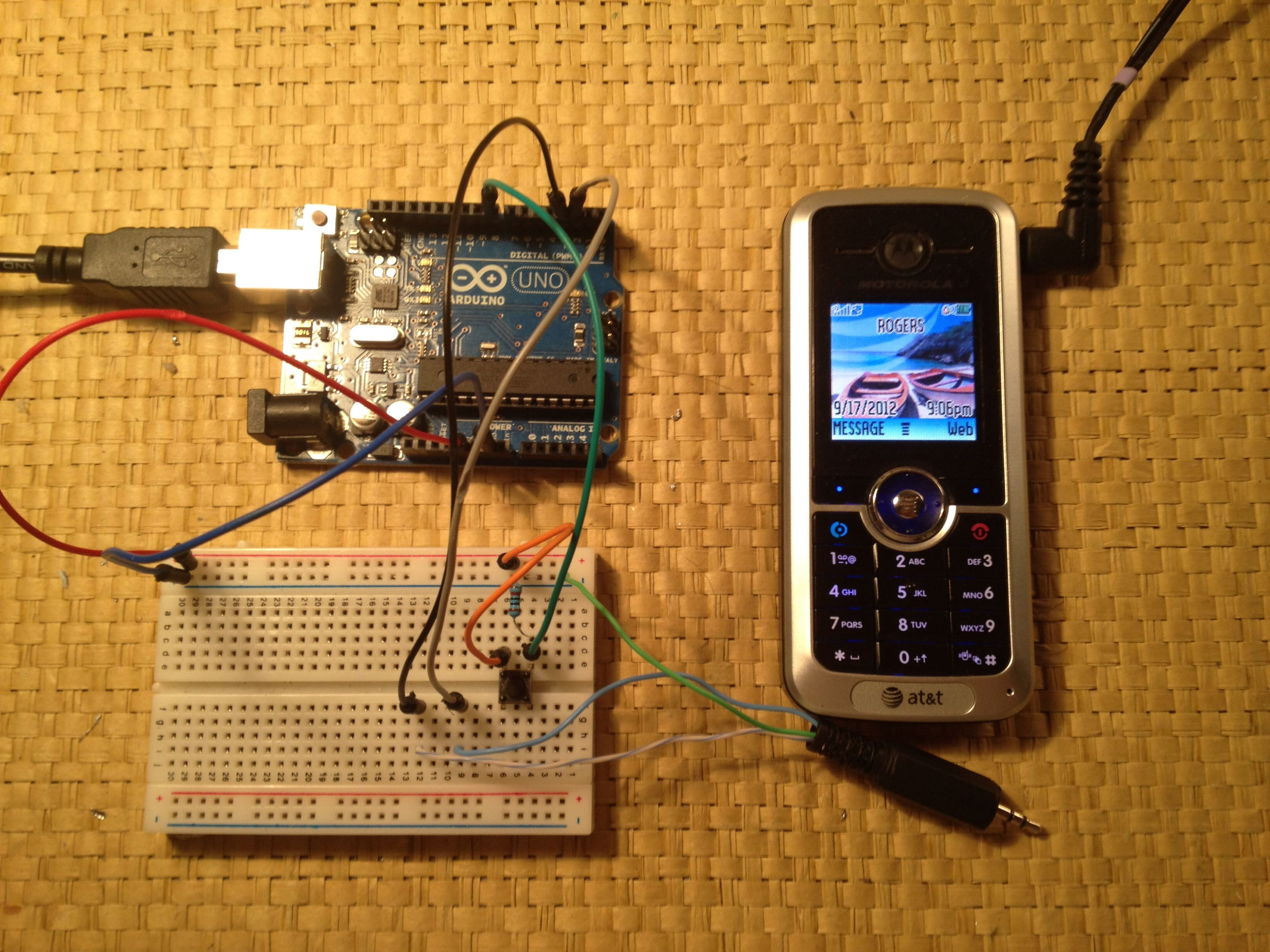 Tutorial send sms from your arduino using an old motorola