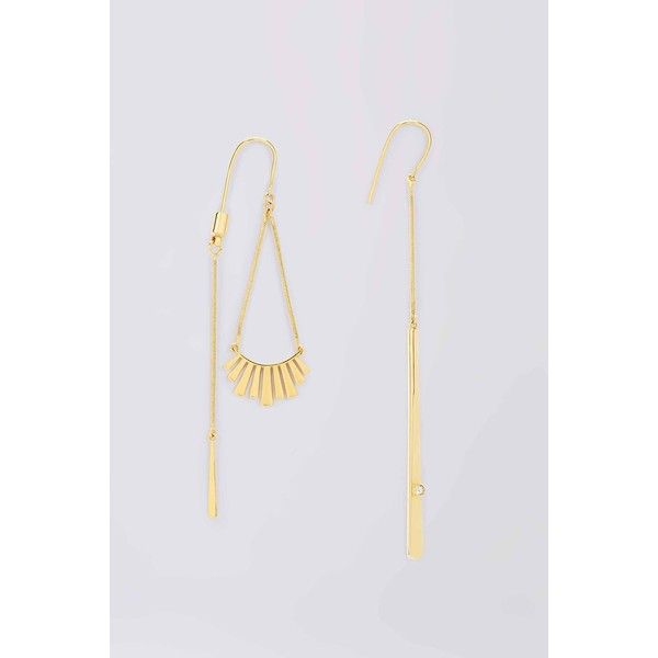 DVF Gold With Crystal Mismatched Earrings ($68) ❤ liked on Polyvore featuring jewelry, earrings, gold, yellow gold earrings, crystal jewellery, crystal jewelry, gold earrings and gold jewellery