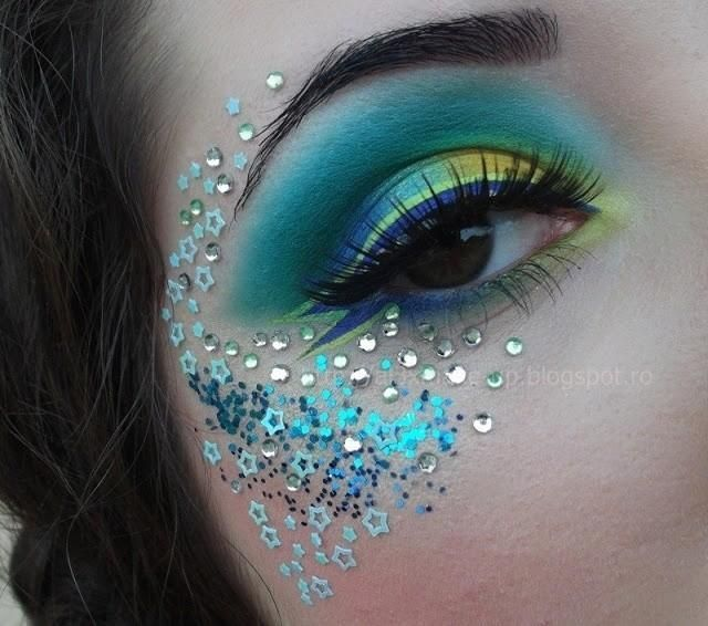 Green and blue mermaid eyes glitter sparkly blue peacockSkincare