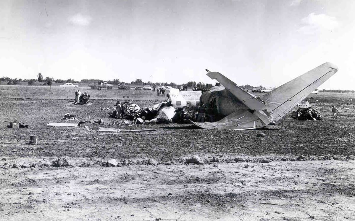 NEW YORK 2 July 1963 Mohawk Airlines Flight 121 crashed