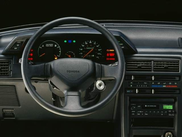 Toyota Tercel 4WD Interior