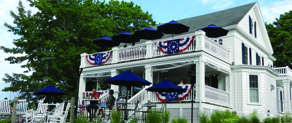 Tia S Topside Restaurant And Bar In Kennebunk Maine Just Over The