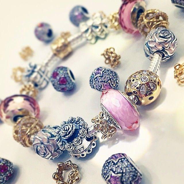 Collection Pandora Noel 2015 en avant,première Christmas bientôt disponible  sur www.bijoux,
