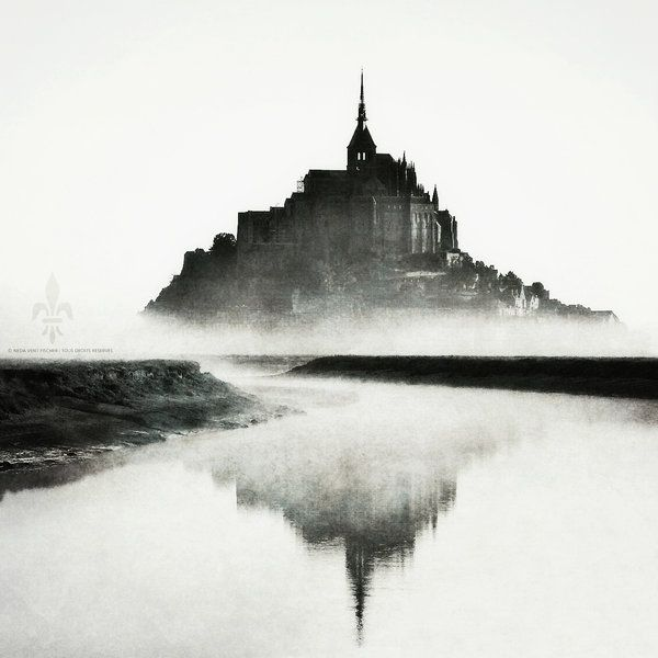 Mont Saint Michel Classee Au Patrimoine Mondial De L Unesco Organization Of World Heritage Cities France The B Architecture Photography Photography Saints