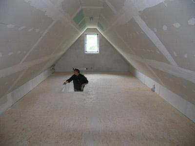 spitzboden spitzboden pinterest hausbesichtigungen w rmepumpe und rohbau. Black Bedroom Furniture Sets. Home Design Ideas