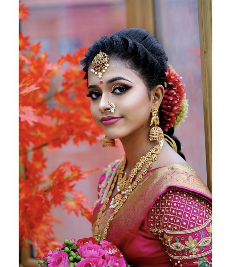 South Indian Bride Indian Bridal Temple Jewelry Jhumkis Pink Silk Kanchipuram S South Indian Bride Hairstyle Indian Bride Hairstyle Indian Wedding Hairstyles