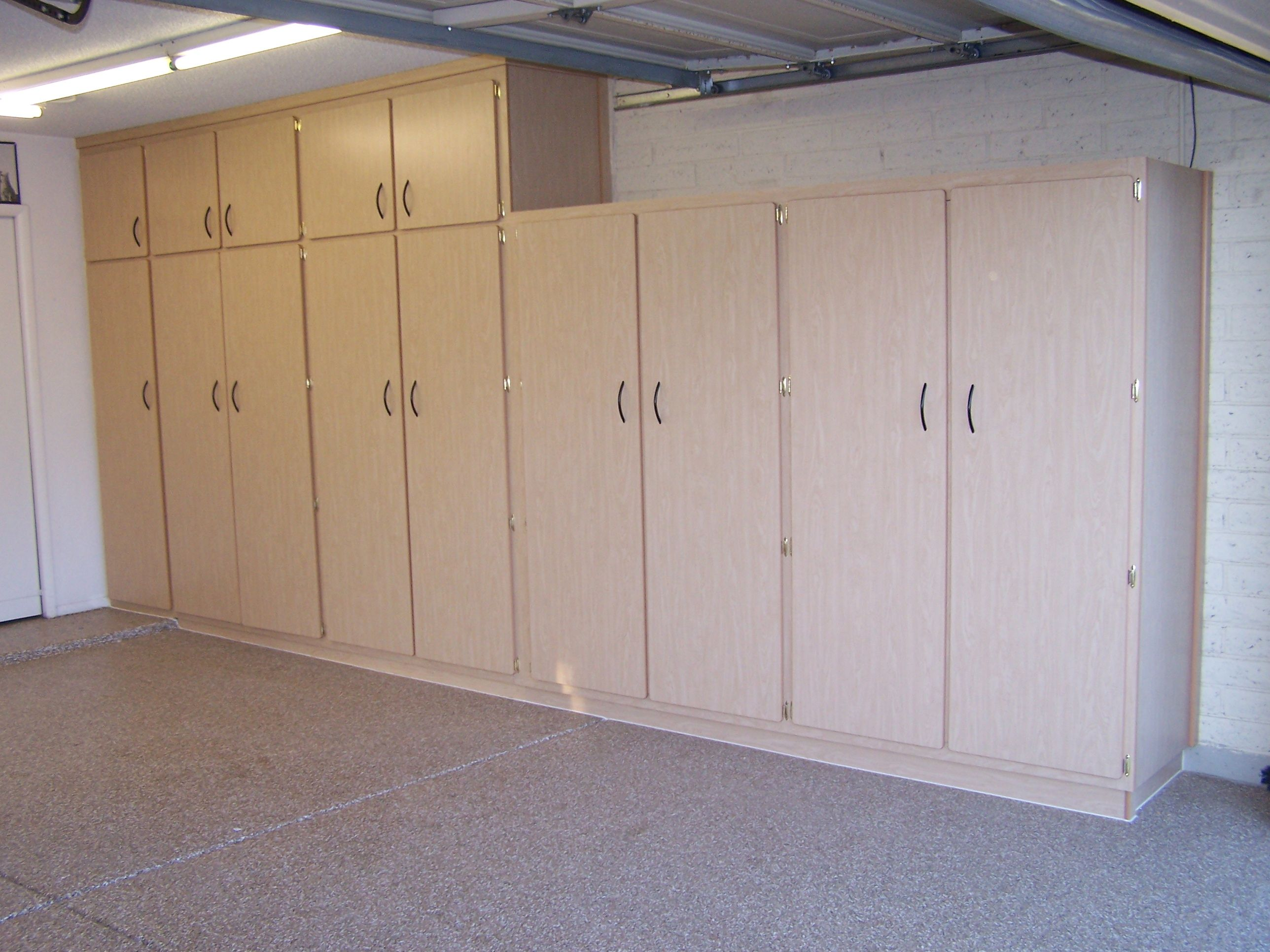Garage storage cabinets plans toys and even clothes in this ...
