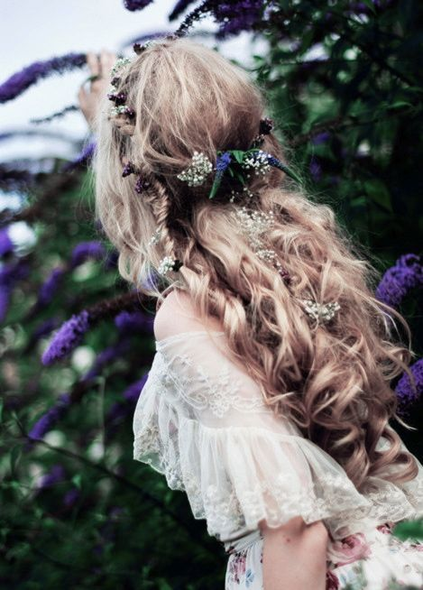 Soft and natural wedding hair inspiration from a bygone era for when you really need to put flowers in your hair mightylinksfo