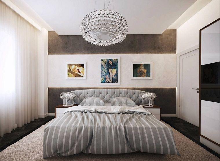Idee camera da lett arredamento tonalità colore grigio lampadario