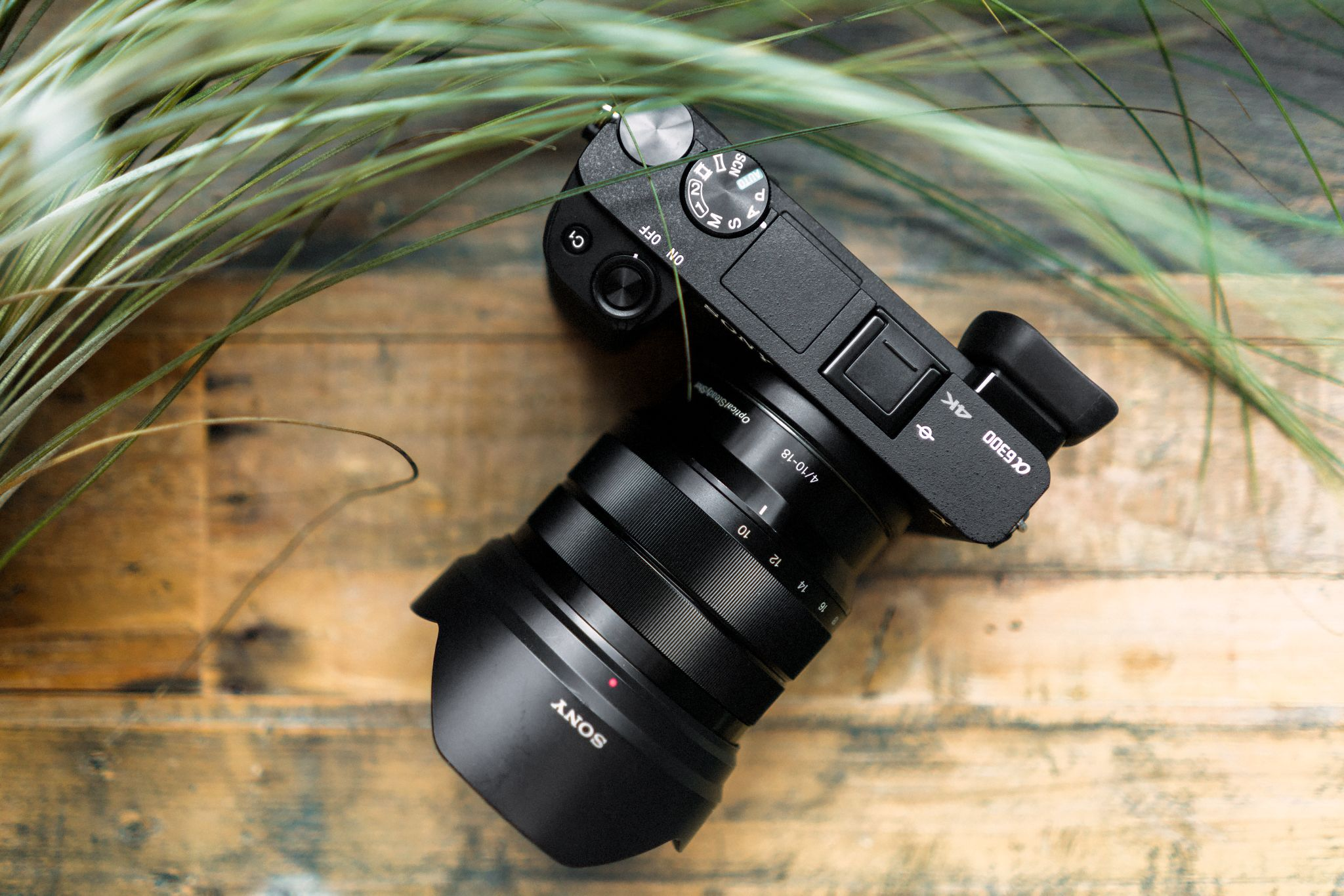 Sony A6300 Review Http Journal Hellomikee Com Sony A6300 Review Sonya6300 A6300 Review Sonya6300review Son Cool Things To Buy Sony Mirrorless Camera