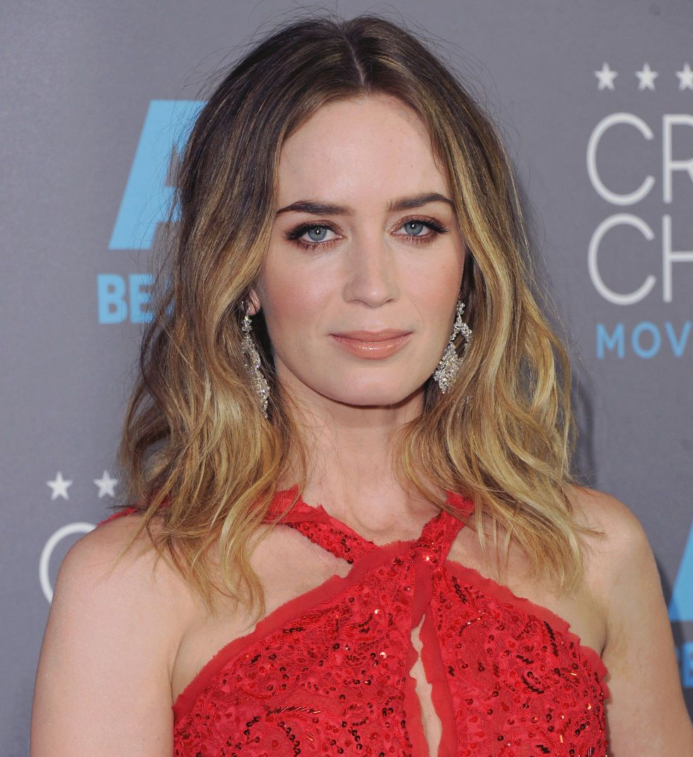 25 Celebrity Brunettes To Inspire Your Next Dye Job Emily Blunt