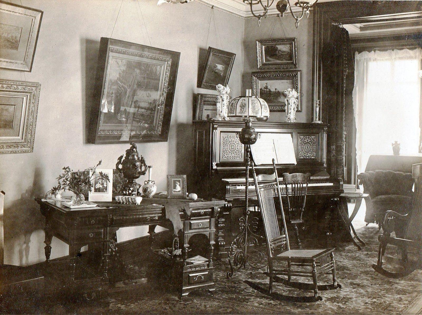 Victorian era interior - Historical Home Interior Design