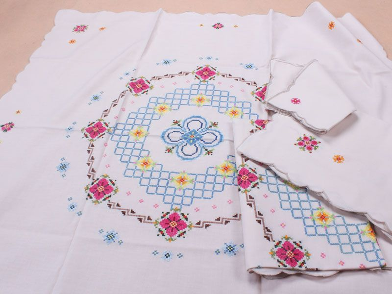 cotton hand made cross stitch embroidery table toppers