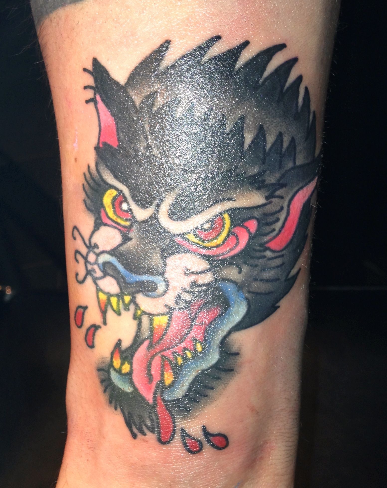 Traditional old school wolf head tattoo. Ashleigh Brough ...