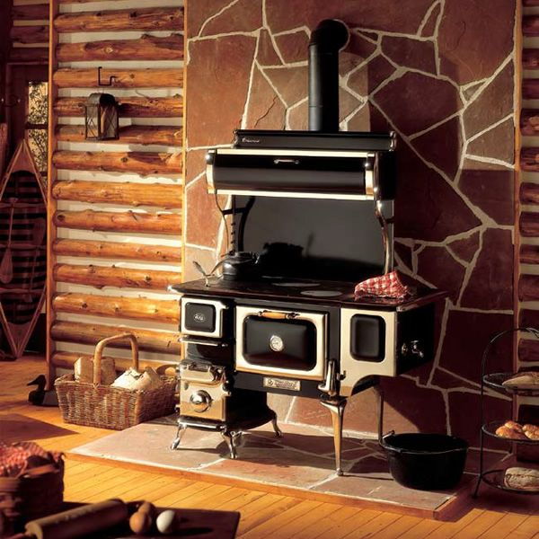 Oval Wood Cook Stove with Reservoir - Black | WoodlandDirect.com: Wood Stoves & Accessories, Cast Iron Wood Stoves, Cook Stove