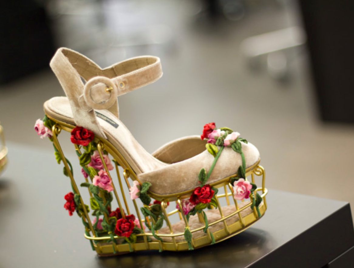 ecb766d2191 dolce  gabbana  shoes  fashion  couture  cage  flowers