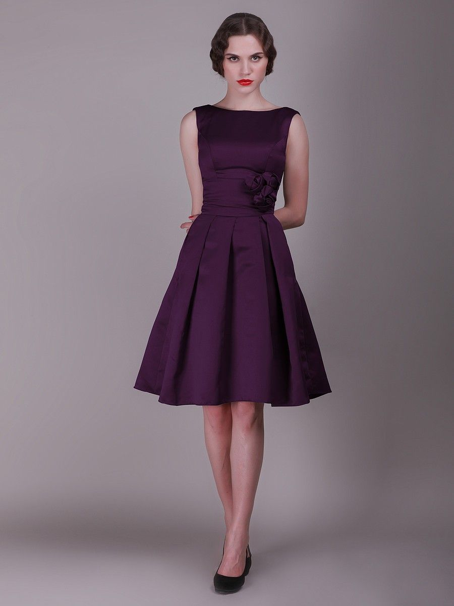 The model looks scary but thats a nice cut and a good length vintage bridesmaid dress with pleated skirt and rose details forest green i would pick a different color but this style looks good on everyone and is ombrellifo Images