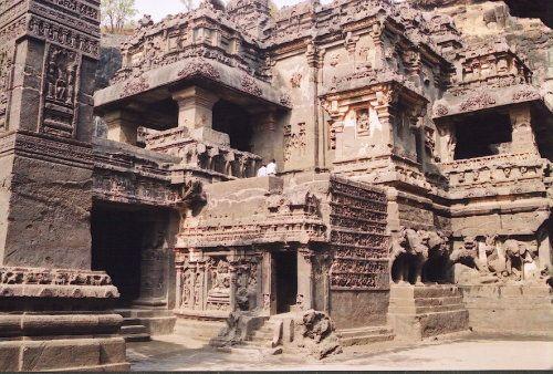 مدونة مروج الجنة الوثائقية Aurangabad India Architecture Ellora