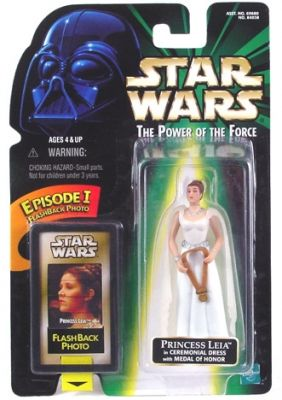 STAR WARS : Costumes and Toys : Star Wars Action Figure - Princess Leia in Ceremonial Dress with Medal of Honor - with Flashback Photo - POTFG